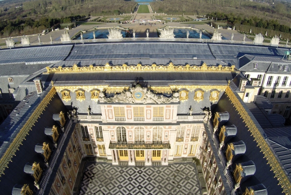 Video de drone photos aeriennes by apollo - Piscine bassins anniversaire versailles ...