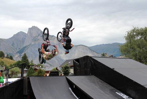 Vidéo aerienne par drone et vidéo en Savoie avec le Team Ride The World