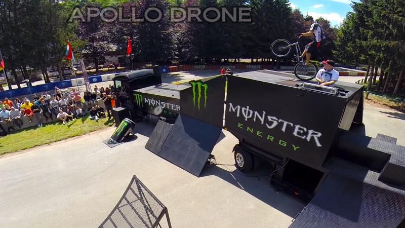 Nicolas Vuillermot à Bilstain en Belgique sur le camion Monster filmé avec un drone professionnel