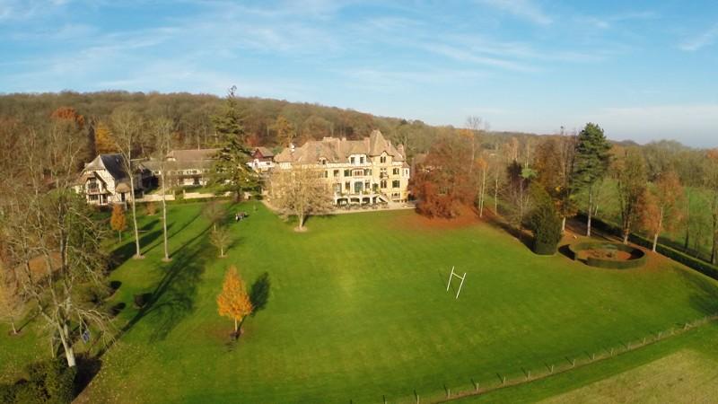 Yvelines 78 vue rasante du Chateau de Romainville et de son jardin