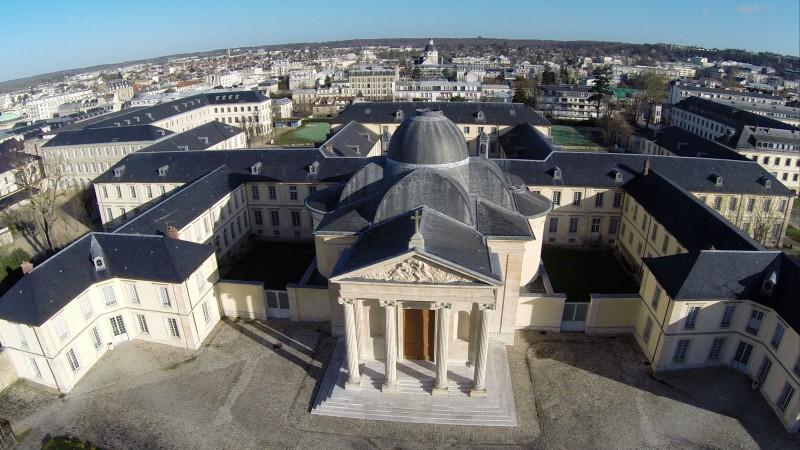 Versailles Premier repérages pour le futur film de vues aériennes en drone sur l'ensemble de la ville de Versailles