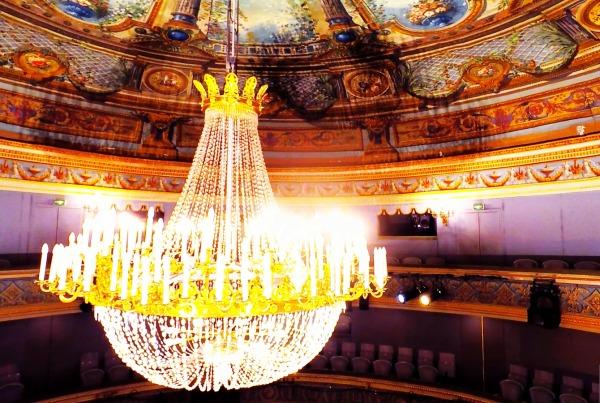 Photos aériennes et Vidéo de drone en l'intérieur au Théâtre Montansier
