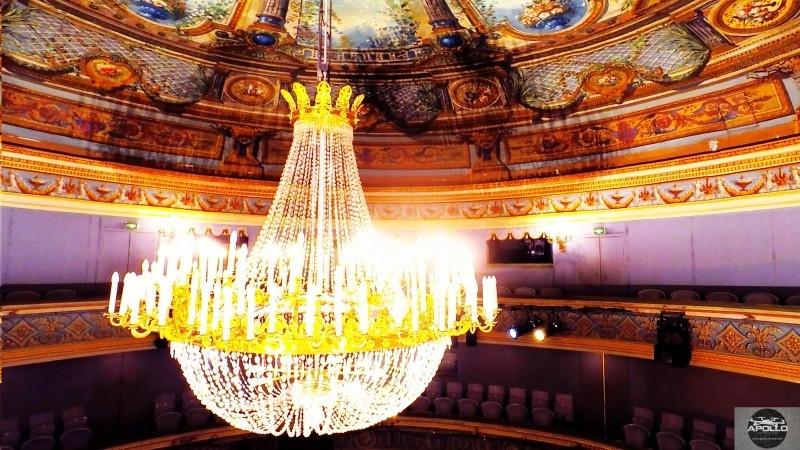 Photos aériennes à l'intérieur du Théâtre Montansier de Versailles en drone