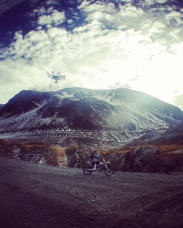 Julien Dupont fait la course avec un drone