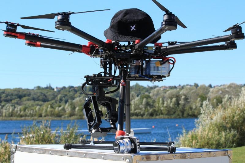 Le Drone S1000 en tournage au cable de Jablines