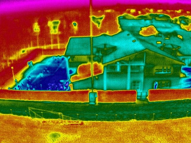thermographie aérienne maison photo-thermique-en-drone-inspection-des-maison-7