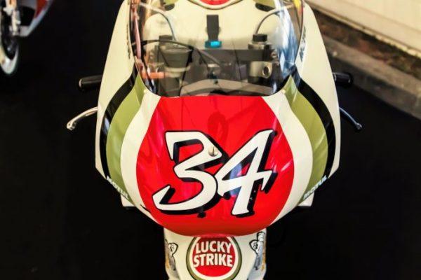 Magnifique 500 cm3 Moto GP 2 temps de Monsieur Kevin Schwantz