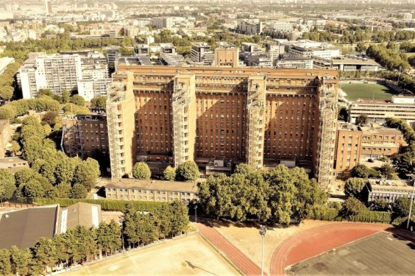 Photo en drone de l'Hôpital de Clichy-La-Garenne