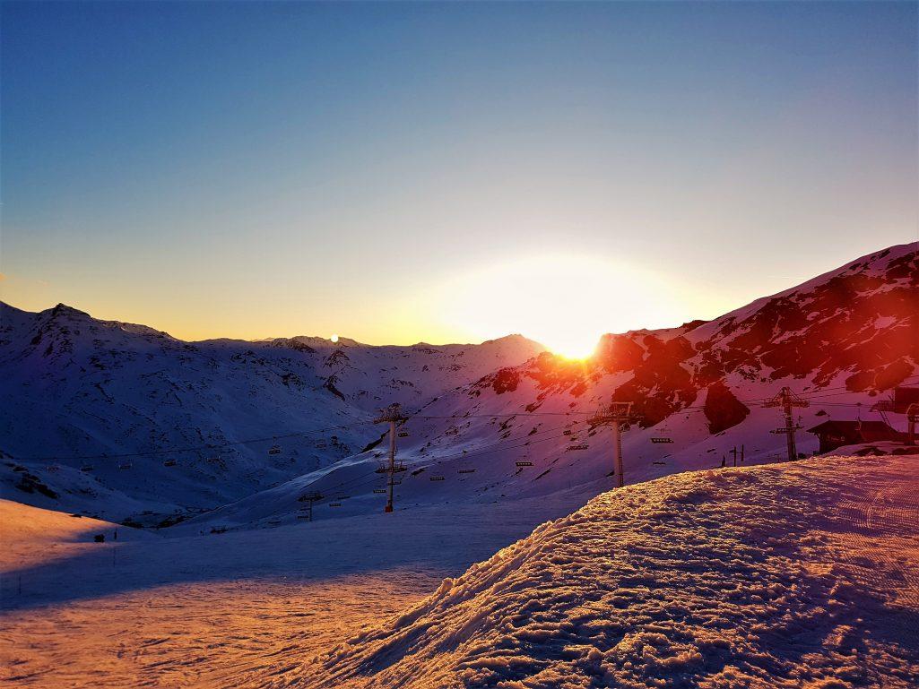 Coucher de soleil en haut des pistes de Val-Thorens