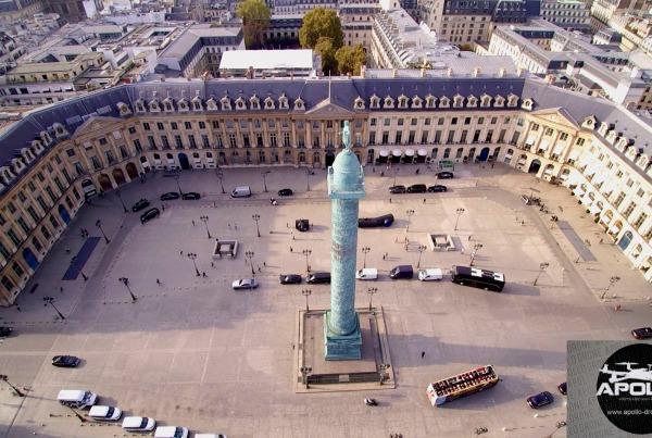 Apollo Drone décolle Place Vendôme avec l'émission « Sept à Huit »