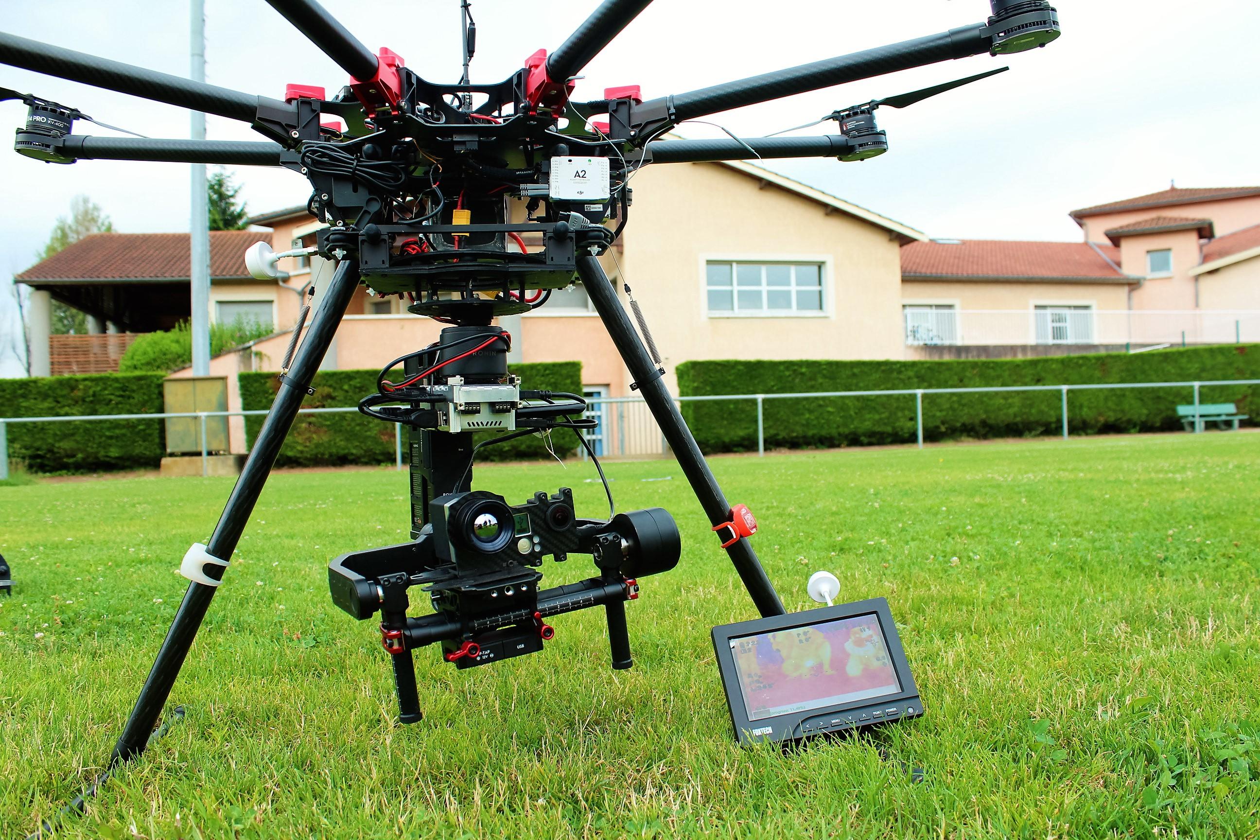 drone avec camera avion